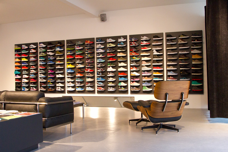 allike concept sneaker store opening hamburg. Black Bedroom Furniture Sets. Home Design Ideas