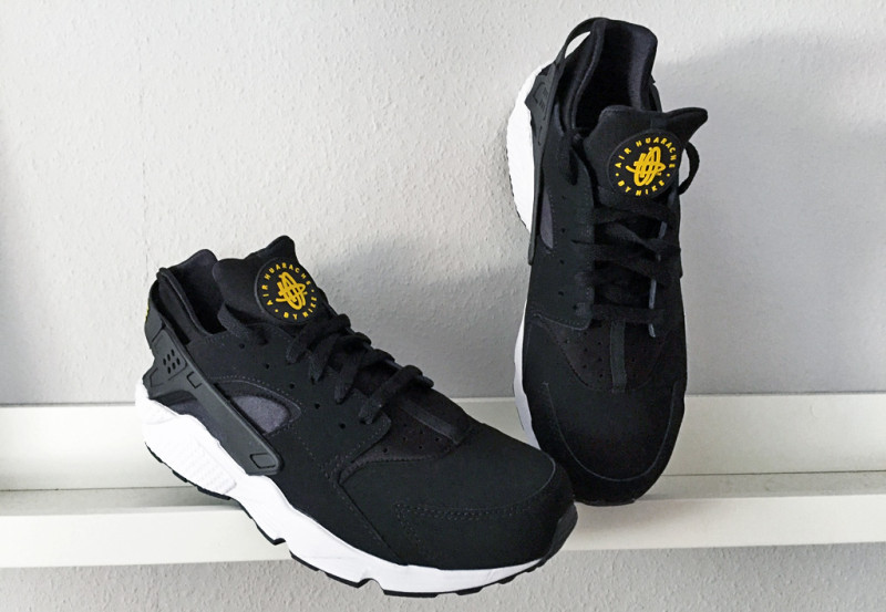nike-air-huarache-taxi-pack-2