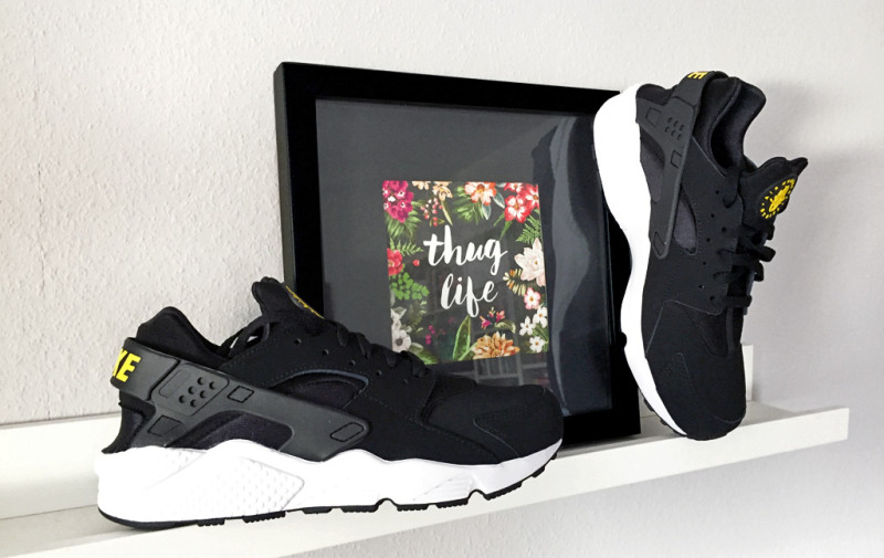 nike-air-huarache-taxi-pack